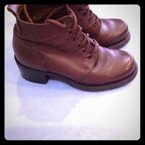 Brown lace up boot Nine West